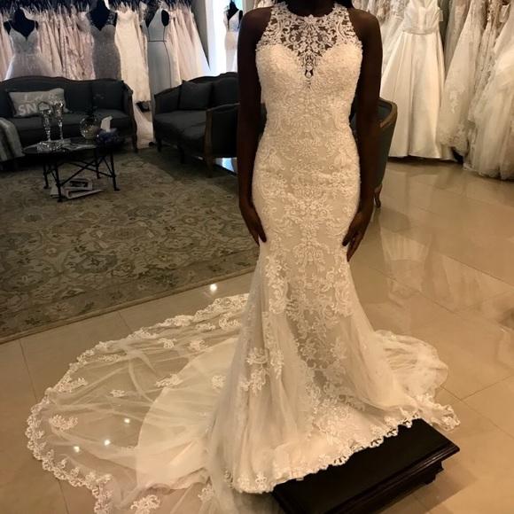 618737f209f NEW Essense of Australia D2174 wedding gown